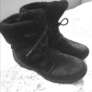 Women's Short Black Ugg Boots
